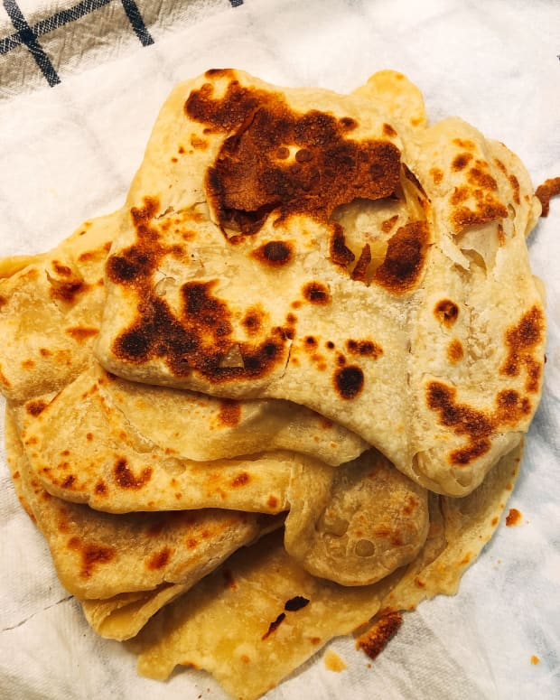 how-to-make-roti-canai-malaysian-favorite-breakfast-snack