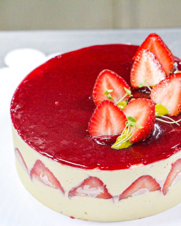 how-to-bake-gluten-and-lactose-free-strawberry-short-cake