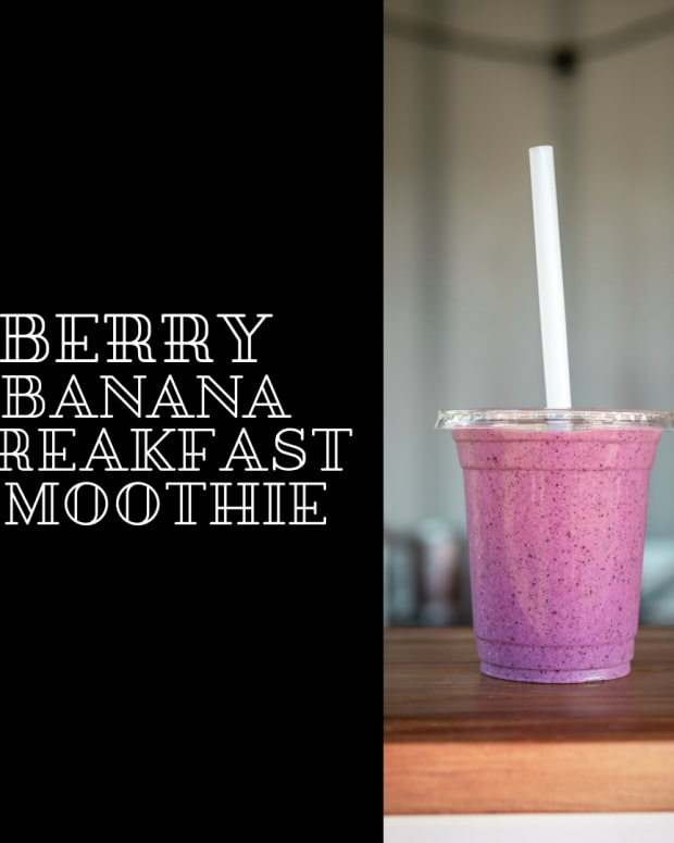 berry-banana-breakfast-smoothie