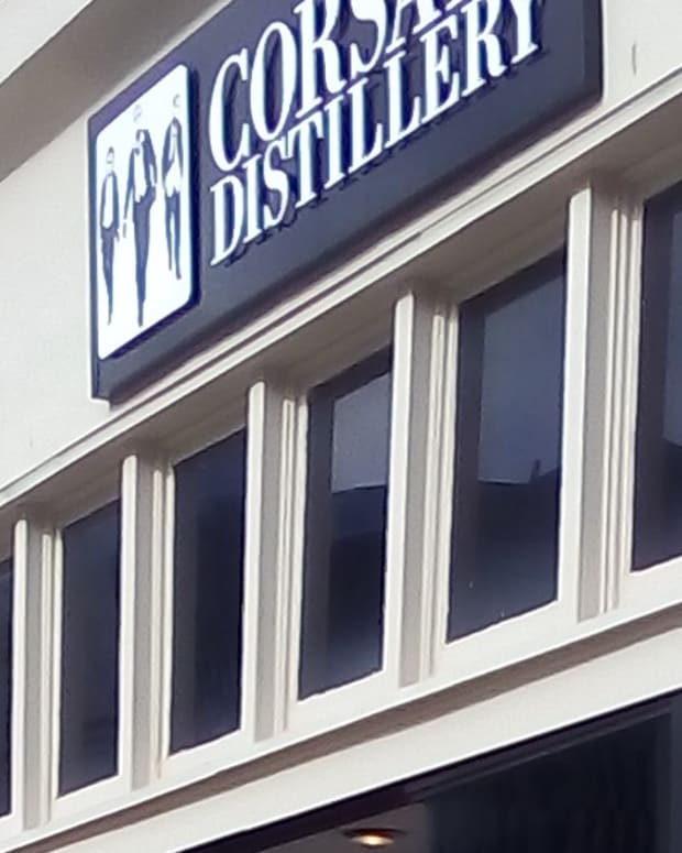 traveling-around-bowling-green-ky-corsair-distillery