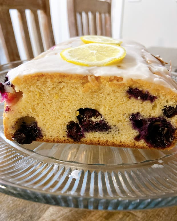lemon-blueberry-bread-with-lemon-glaze-recipe