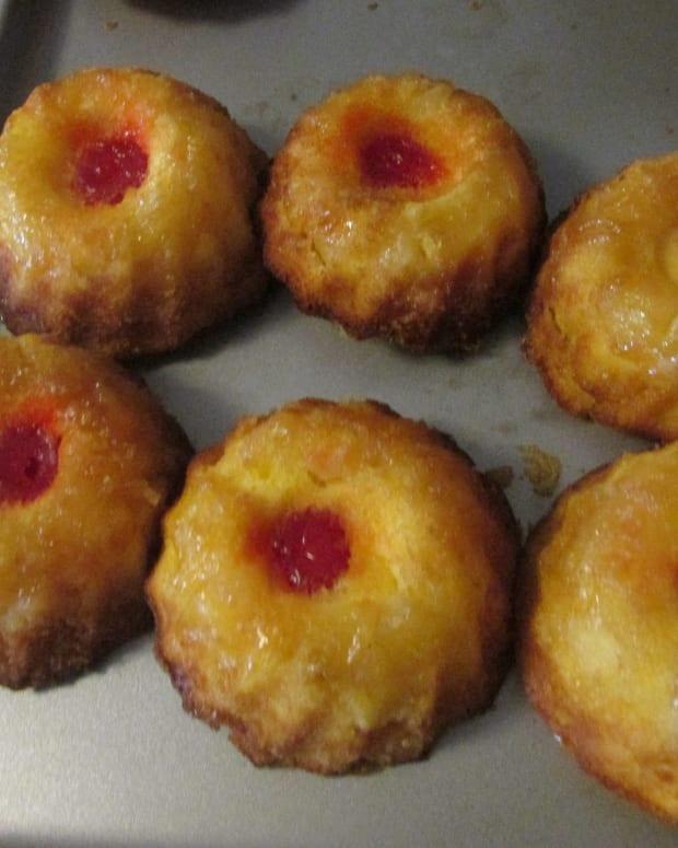 mini-pineapple-upside-down-cakes