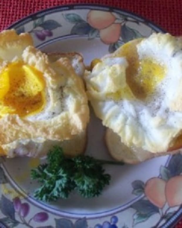 mothers-day-breakfast-in-bed-recipes