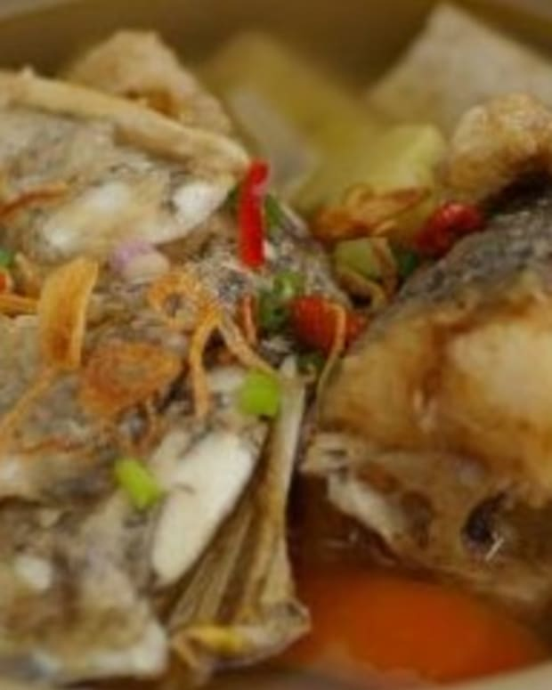 fish-head-soup-filipino-pesang-isda
