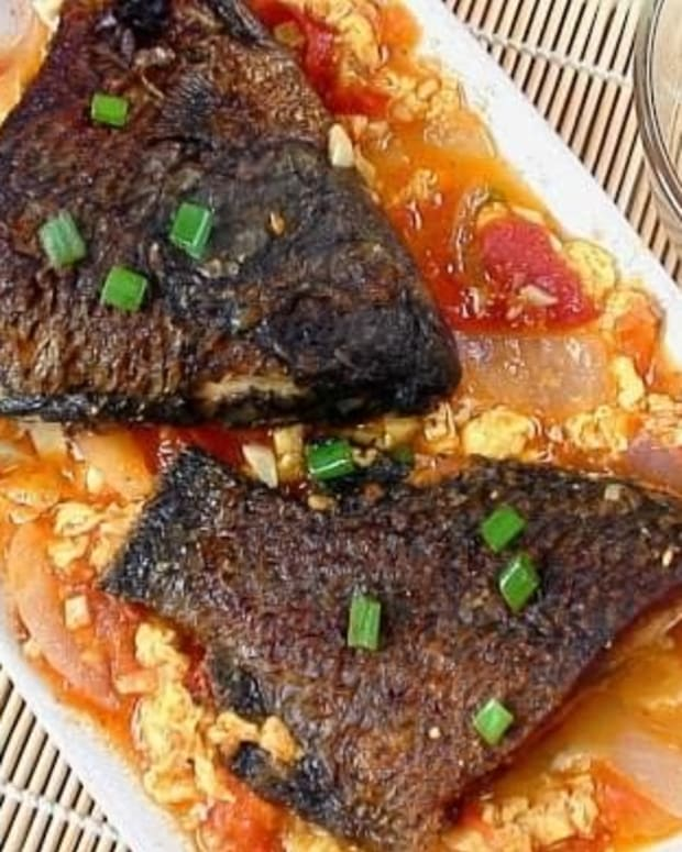 sarciadong-isda-filipino-fish-with-tomato-sauce