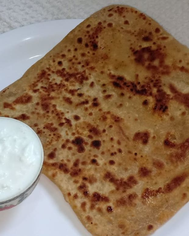 cheeni-ka-paratha-sugar-stuffed-paratha