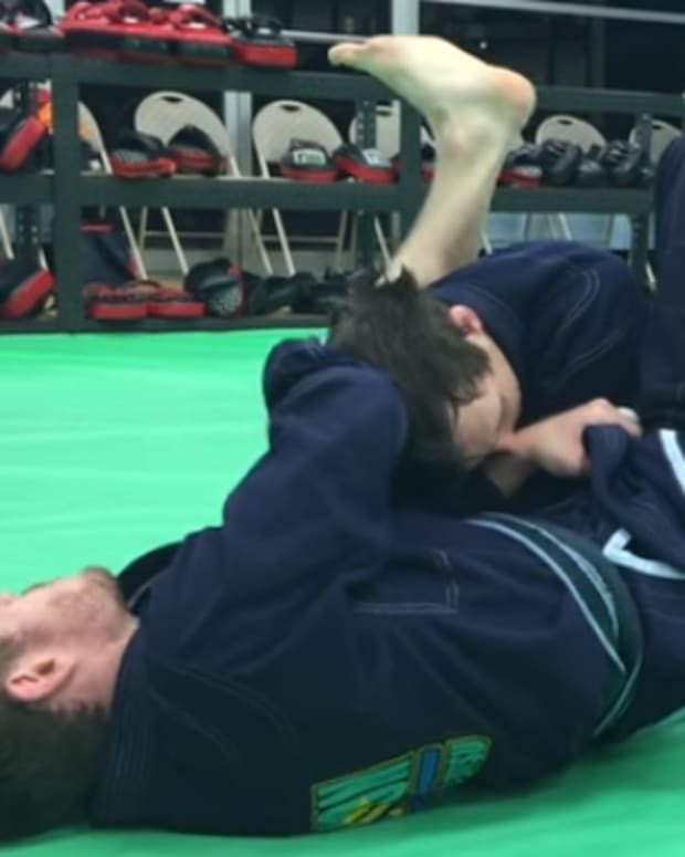 how-to-use-the-lapel-to-set-up-an-armbar-from-guard-in-bjj
