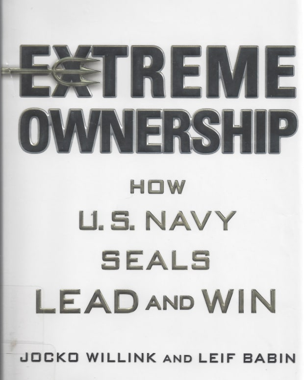 extreme-ownership-a-book-review