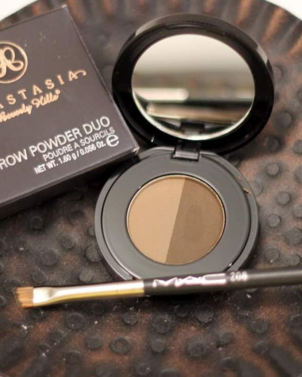 anastasia-beverly-hills-brow-powder-duo