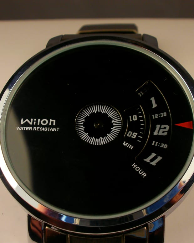 review-of-the-wilon-wl938-and-the-paidu-q0930-quartz-alloy-swivel-plate-watch
