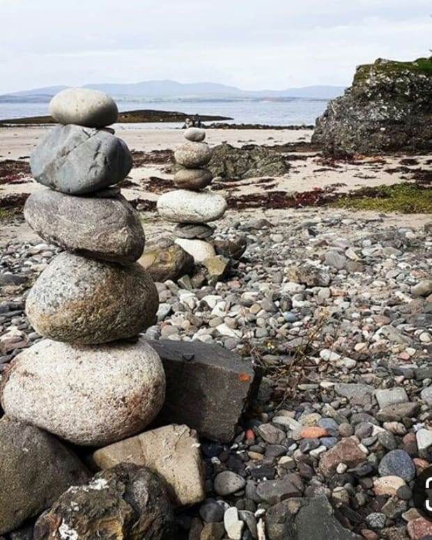 a-balancing-stones