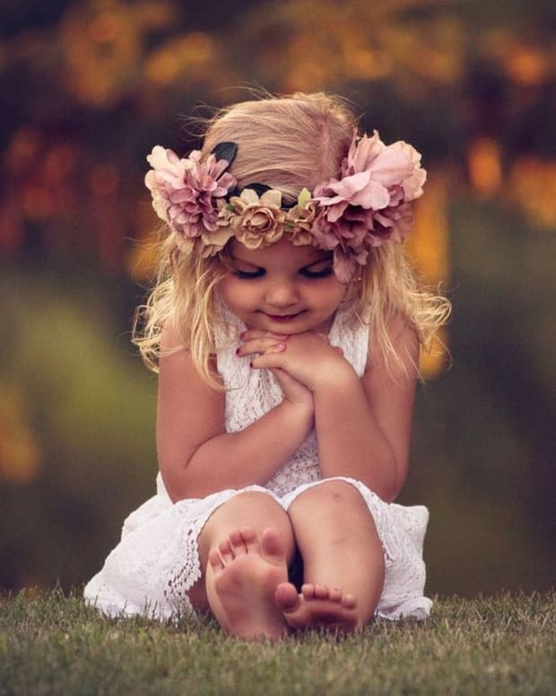 the-little-flower-girl
