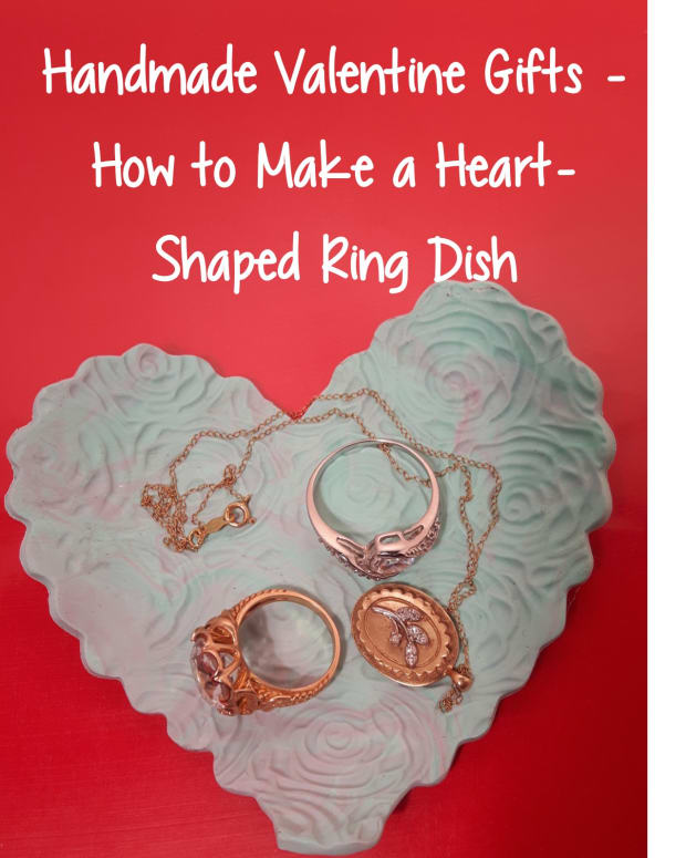 handmade-valentine-gifts-how-to-make-a-heart-shaped-ring-dish