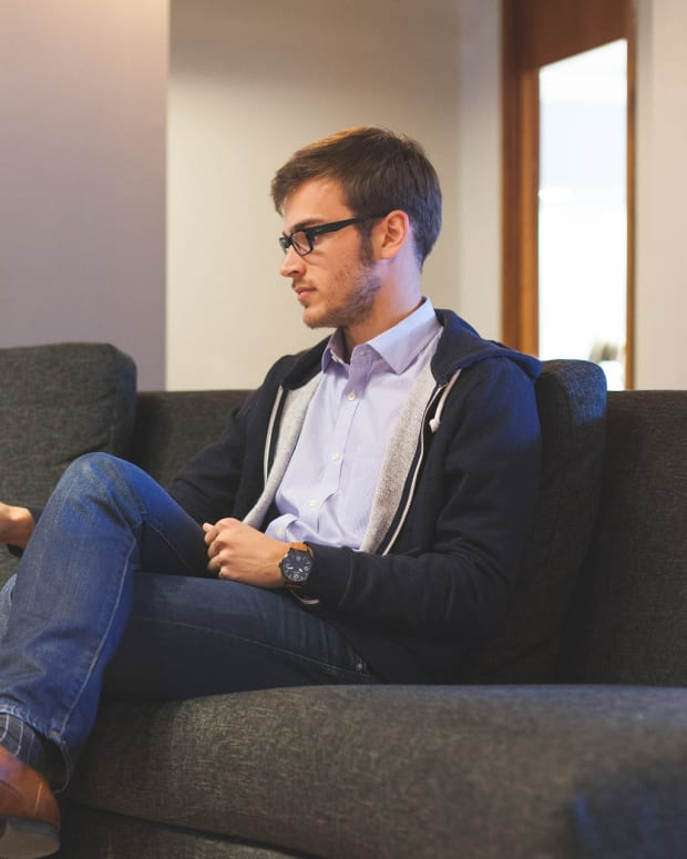 the-health-benefits-of-sitting-less-and-standing-more