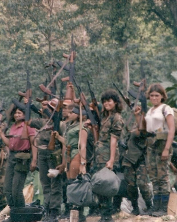 the-iran-contra-scandal-covert-affair-in-the-1980s