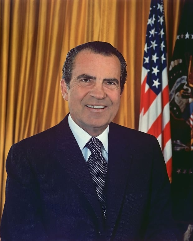 richard-nixon-an-embattled-president