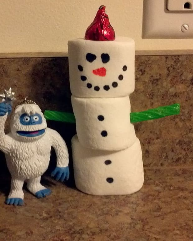 elf-on-a-shelf-inspired-christmas-tradition-bumbles-adventures