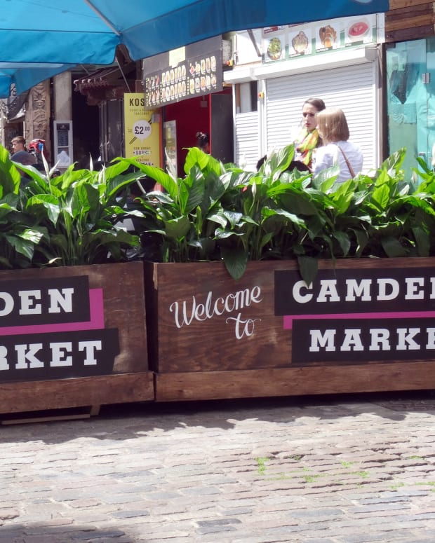 camden-market-london-biggest-flea-market-in-the-world