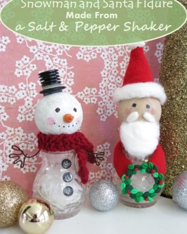 diy-craft-tutorial-how-to-make-a-snowman-and-santa-figure-from-salt-and-pepper-shakers