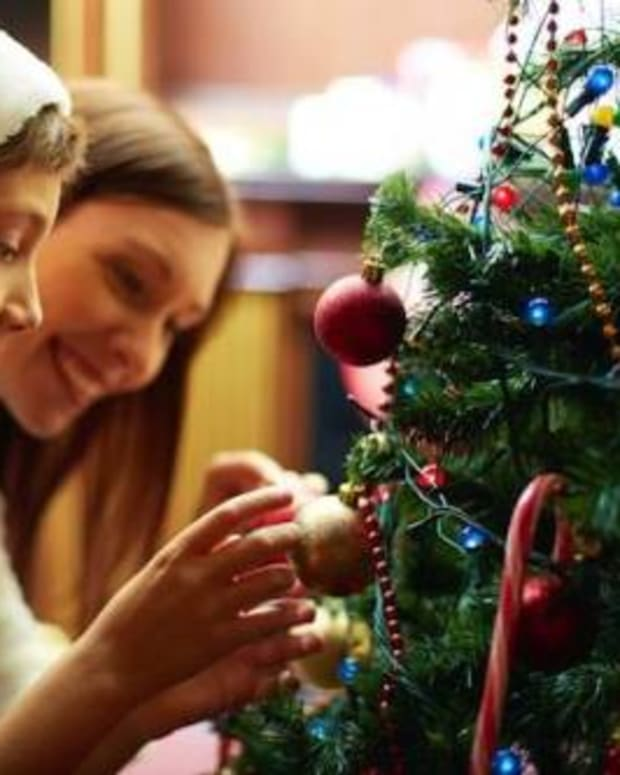 unique-christmas-traditions-from-around-the-world