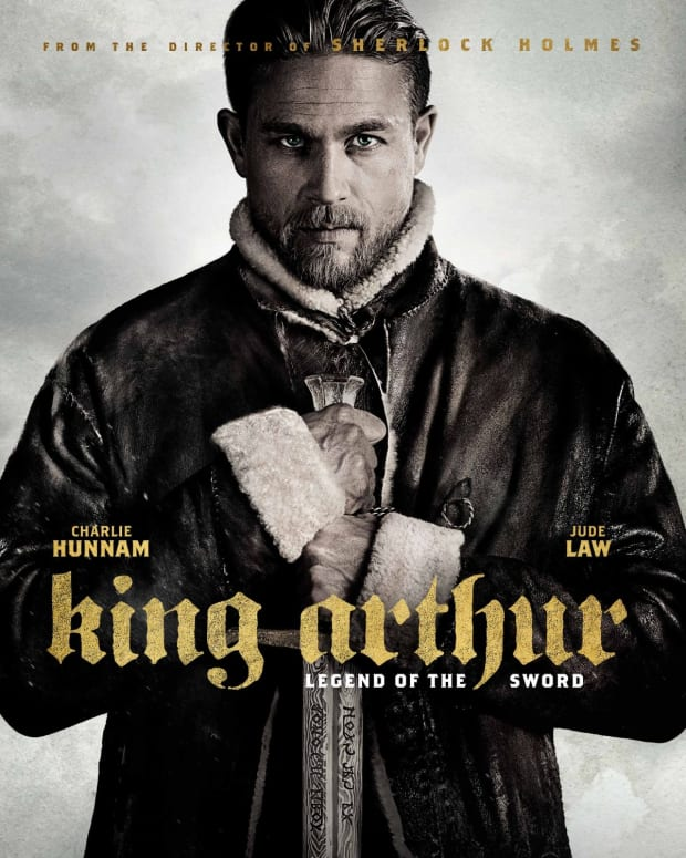 king-arthur-legend-of-the-sword-film-review
