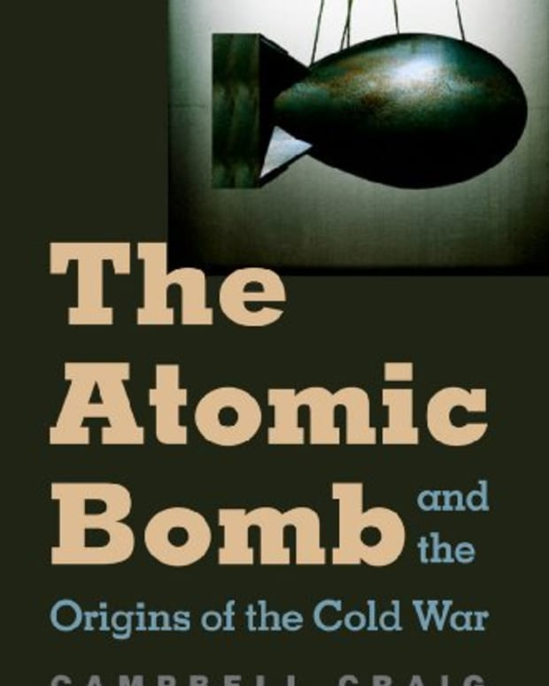 review-the-atomic-bomb-and-the-origins-of-the-cold-war