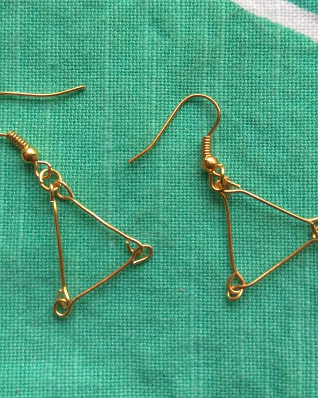 diy-project-how-to-make-earrings-with-just-jewellery-findings