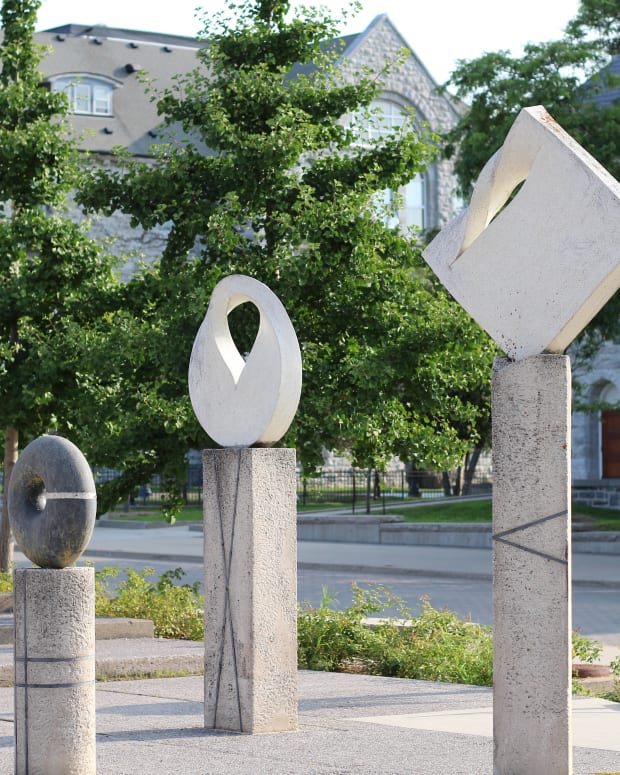 sculptures-in-kingston-ontario-a-photo-essay