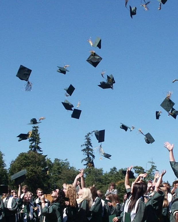 why-every-college-student-should-work-for-a-non-profit-before-graduating