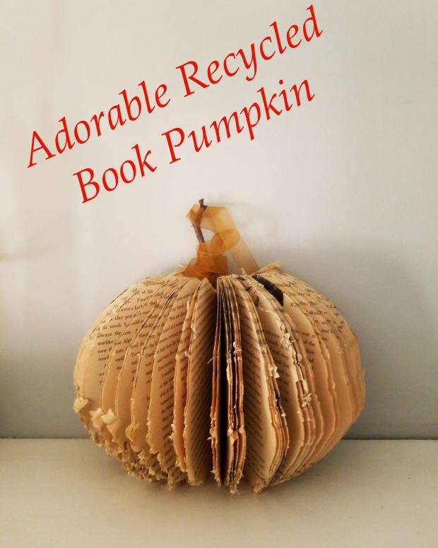 adorable-recycled-book-pumpkin-craft