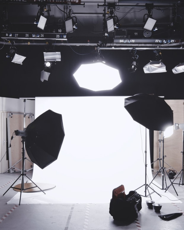 low-cost-video-and-photography-lighting