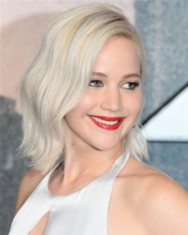acheiving-and-maintaining-platinum-blonde-hair