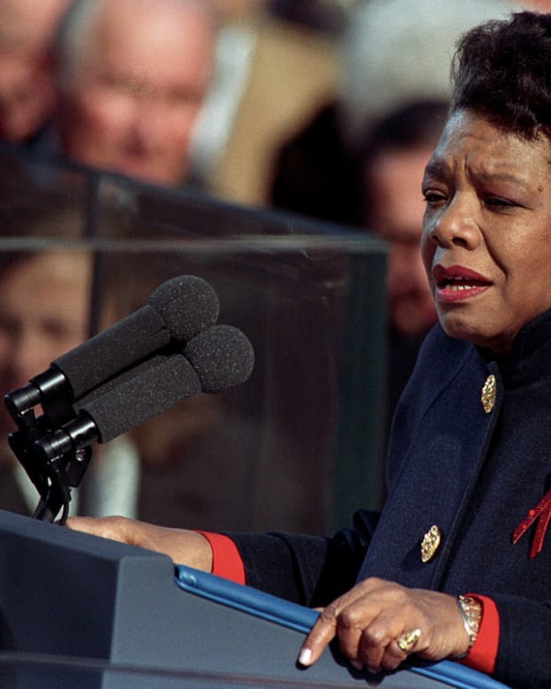 analysis-of-poem-on-the-pulse-of-the-morning-by-maya-angelou
