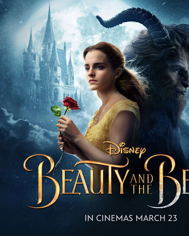 towel-movie-review-beauty-and-the-beast-2017