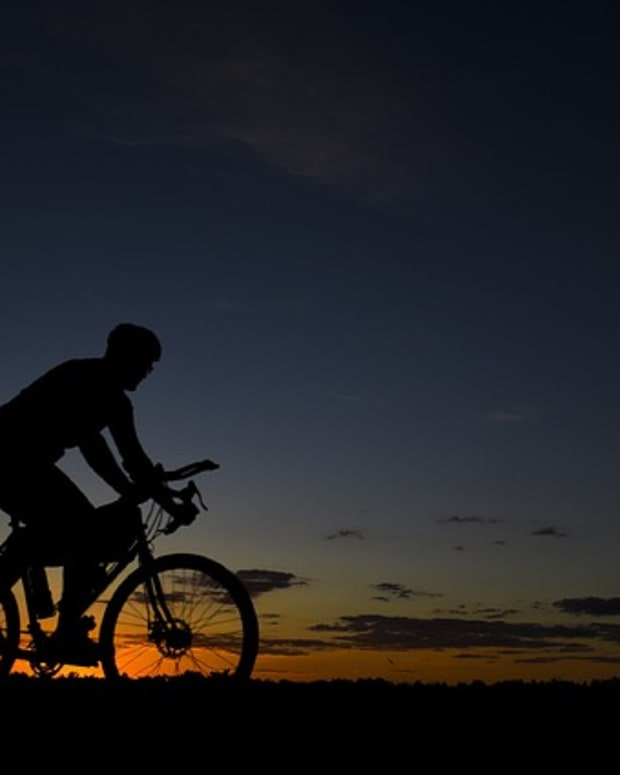 the-lone-wolf-cyclist