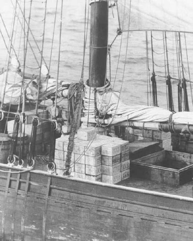rum-row-ships-during-prohibition