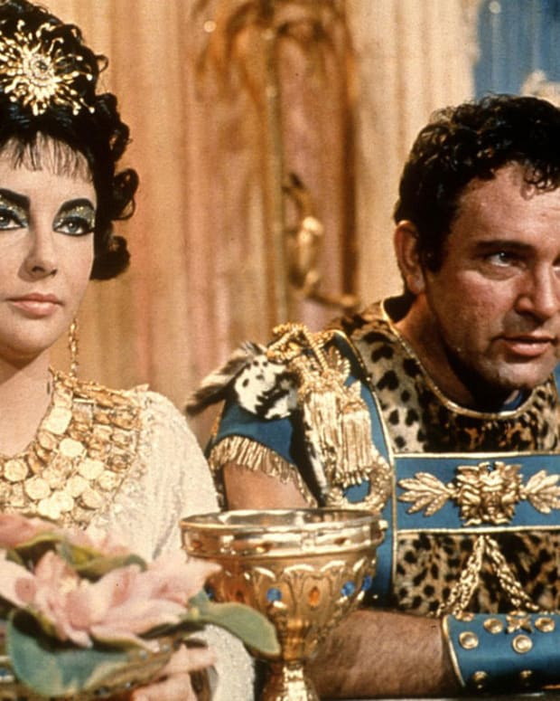master-manipulator-or-emotionally-rash-cleopatra-in-shakespeares-antony-and-cleopatra