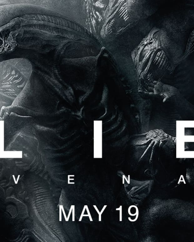 towel-movie-review-alien-covenant-2017