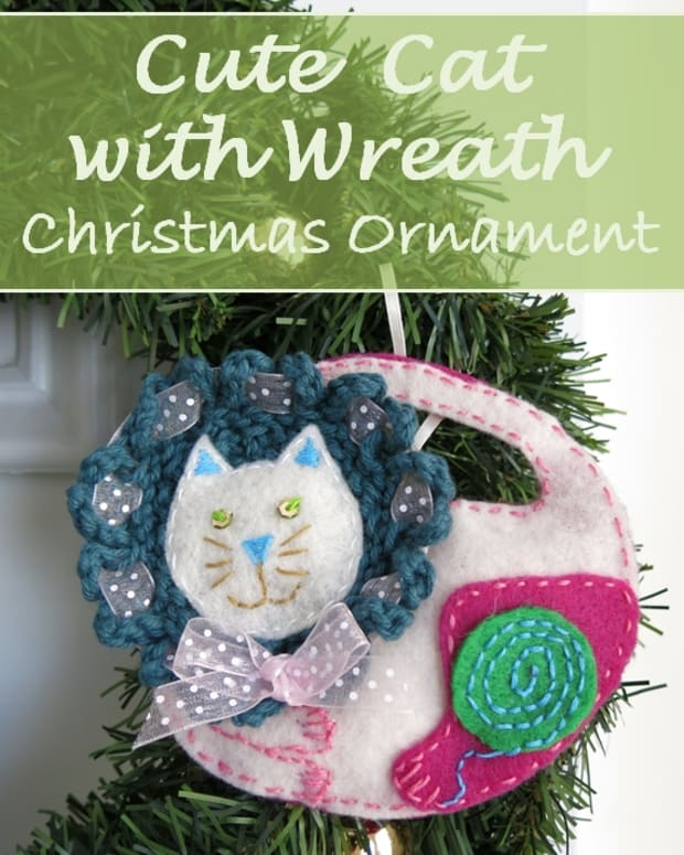 diy-holiday-project-cute-cat-with-wreath-christmas-ornament