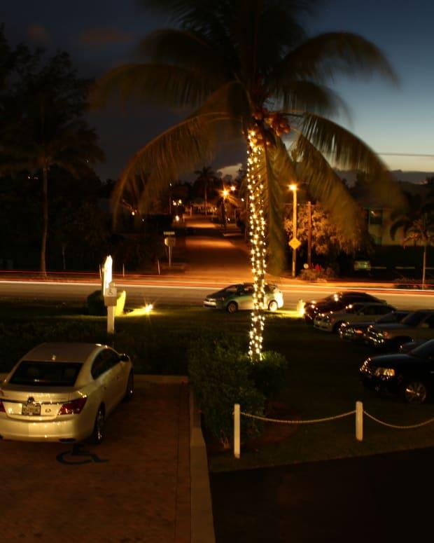 how-to-take-light-streak-photos