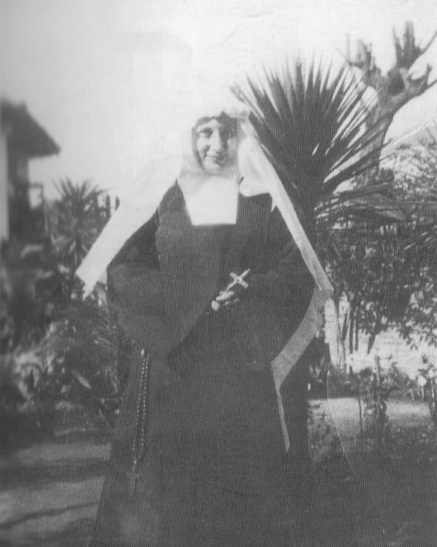 an-american-enigma-sister-nazarena-of-jesus