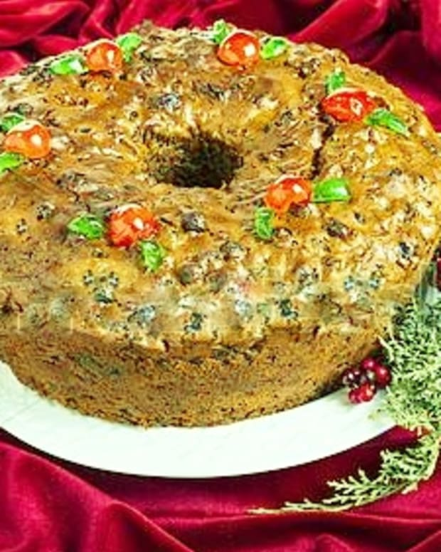 the-worlds-best-fruitcake-a-memoir