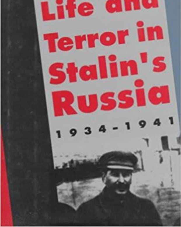 review-life-and-terror-in-stalins-russia-1934-1941