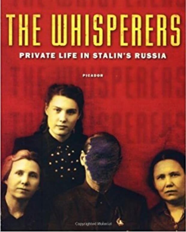 review-the-whisperers-private-life-in-stalins-russia