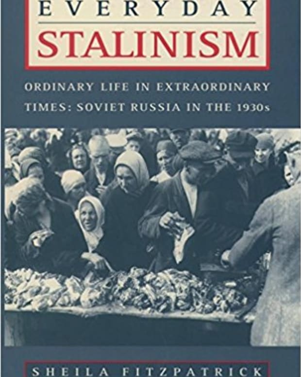 review-everyday-stalinism-ordinary-life-in-extraordinary-times