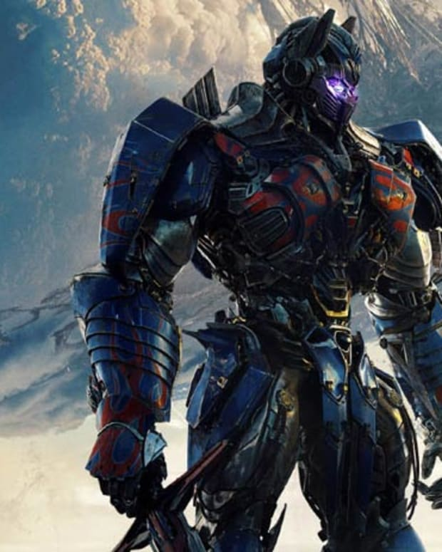 transformers-the-last-knight-review-a-loud-mess-of-a-film