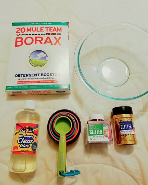 how-to-make-simple-sparkle-slime
