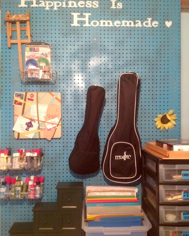 how-to-make-a-pegboard-organizer