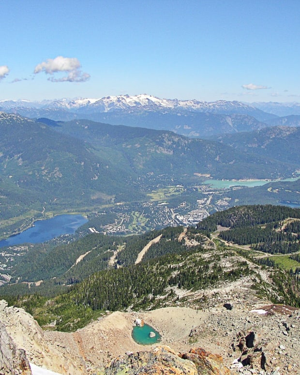 whistler-resort-and-village-in-british-columbia-facts-and-photos