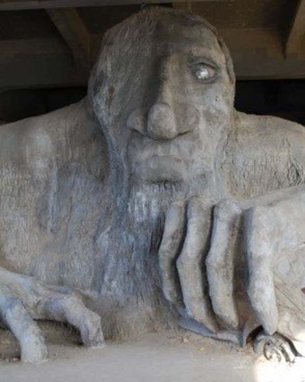 all-about-the-seattle-fremont-troll-and-how-to-find-it